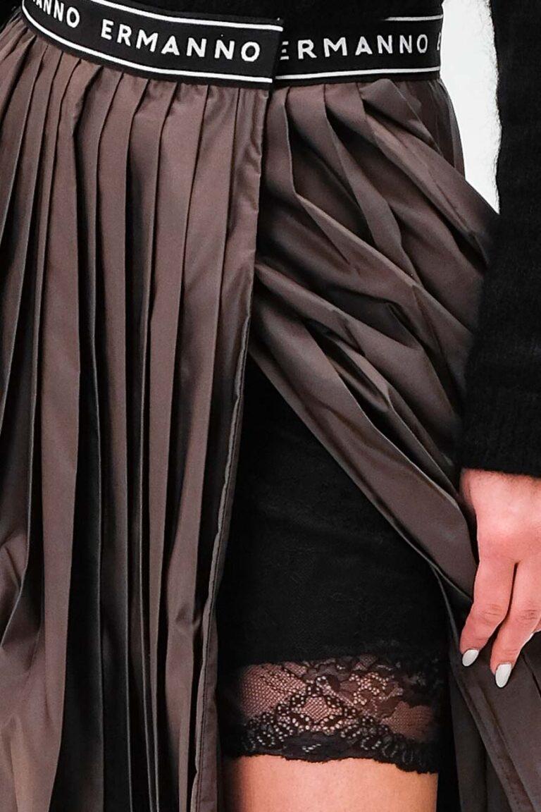 e80f7344073d Женская классическая черная сумка от Кочинели Coccinelle купить в ...